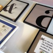 lámina tipografía & a