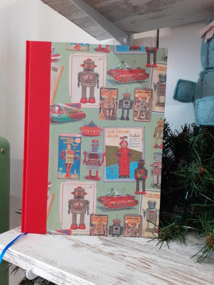 Cuaderno encuadernado a mano Robot mediano lomo tela roja