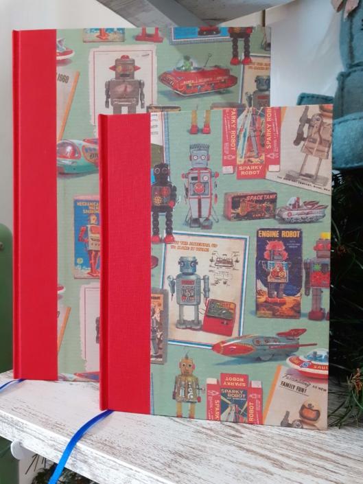 Taller de iniciación de encuadernación cartoné con lomo de tela