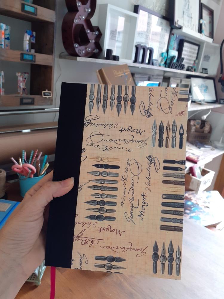 Cuaderno Plumillas edicion limitada escritores ecuadernacion artesana