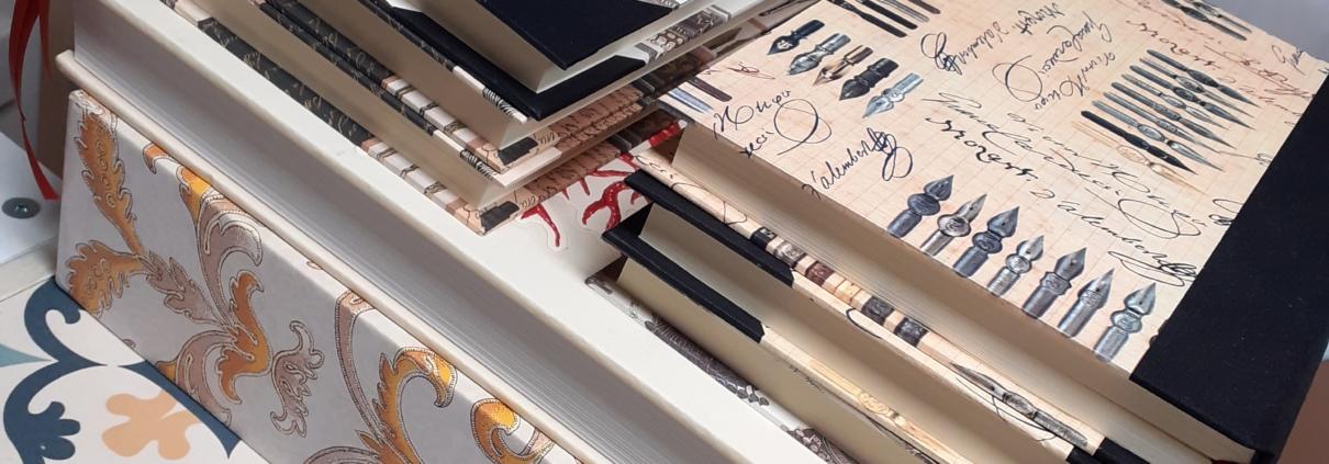 Taller encuadernación cartoné con lomo de tela